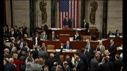Hạ viện Mỹ thông qua dự luật y tế. Ảnh: BBC