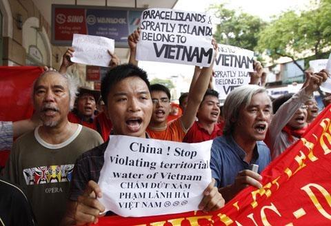 Résultats de recherche d'images pour «viet nam bieu tinh chong trung quoc»